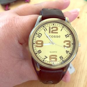 New Leather watch in brass fashion